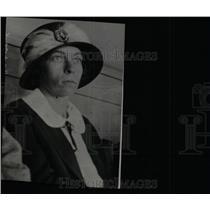 1924 Press Photo Mrs. Harry L. Hoffman Wife - RRW78435