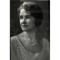 1931 Press Photo Wife of Secretary George Hastings - RRW78693