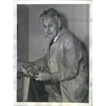 1943 Press Photo Abraham Levin Artist - RSC01981