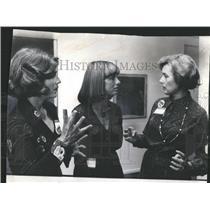 1984 Press Photo Mrs Adlai Stevenson, Mrs Jerrod Wexler