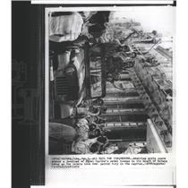 1959 Press Photo Admiring girls swarm Fidel Castro took - RRX90117