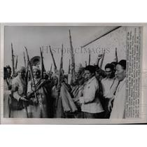 1958 Press Photo Bedouin Tribesmen France Tunisia - RRX76949