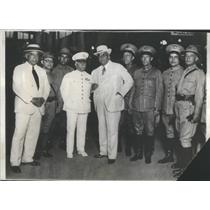1931 Press Photo Cuban President Machado With Military Aides Boarding Train