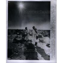 1964 Press Photo Alan Bean Asutronaut Eugene Cernan - RRX49951