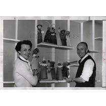 1959 Press Photo Alan Gilmore Puppeteer - RRW78039