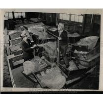 1949 Press Photo Kyritsis Henry Johnson Idle Net - RRW58419