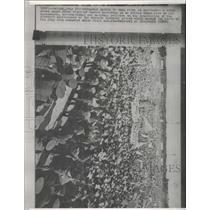 1964 Press Photo noisy crowd Prime Minister Castro Cuba - RRX91331