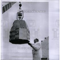 1964 Press Photo Relay 2 Satellite United State Person - RRX57579