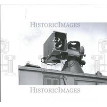 1960 Press Photo Press Photo a Satellite Tracker.