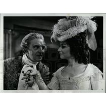1970 Press Photo Actors Helen Carey Stephen Murray - RRW77251
