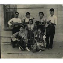 1934 Press Photo Shakespeare in Modernized Drama. - RRX76929