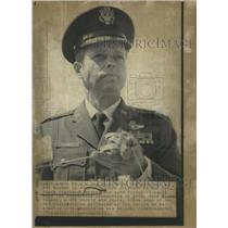 1973 Press Photo Col.James Lindbergh seeks nomination.
