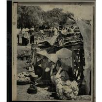1971 Press Photo South Vietnamese Villagers