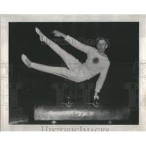 1948 Press Photo Bill Roetzheim performs in Northwest Championships - RSC47805