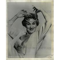 1958 Press Photo Hermione Gingold, MGM - RRW26839