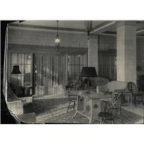 1925 Press Photo House interior furniture lamp placed - RRX61495