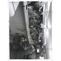 1968 Press Photo Crowd Havana, Cuba Copelia Ice Cream - RRX90257