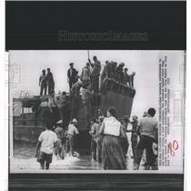 1959 Press Photo Cuban Invaders OAS Cessar Vega Panama - RRX82217