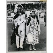 1957 Press Photo Africa Chana Add Duchess Gold Cast - RRX72075