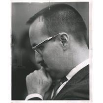 1962 Press Photo Tony Perez Cuban Refugee Television - RRW48237