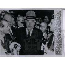 1956 Press Photo Robert Menzies Pres. Nasser Cairo - RRX23479