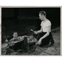 1950 Press Photo Reinhardt brothers underwater Sound