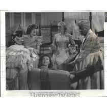1942 Press Photo Actress Elizabeth Riadon In Reap The Wild Wind - RSC46901