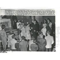 1965 Press Photo Mr. & Mrs. Robert Cooper wed