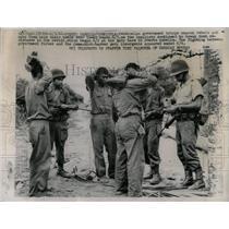 1962 Press Photo Venezuelan Troops Search Rebels Boots - RRX63745