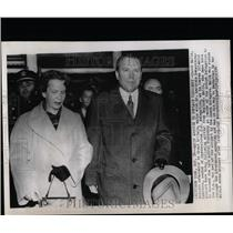 1954 Press Photo Jacob Malik Gertrude Sekaninova Cakrto - RRW07391