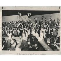 1937 Press Photo Banzai Tokyo Kabukiza Actors - RRX81191
