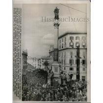 1953 Press Photo Crowd Spanish Square Rome Marian Year - RRX70593