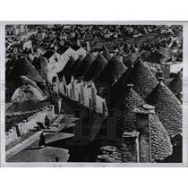 1956 Press Photo Alberobello Trulli Italy - RRX79617