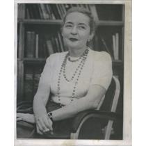 1955 Press Photo Virginia Pasley Chicago Tribune Reporter - RSC93663