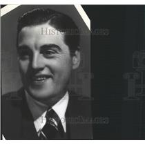 1941 Press Photo Phil Regan Singer Film Actor New York - RRX87597