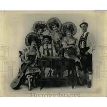 1938 Press Photo Fietchl Yodelers Entertainment Troupe - RRW61389