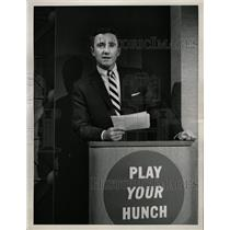 1958 Press Photo Merv Griffin Play Your Hunch - RRW19347