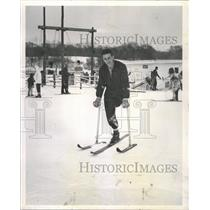1963 Press Photo Richard Stalzer one legged skier sport - RRW42015