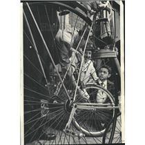1965 Press Photo Bicycles Lantern Racing Safety Chicago - RRV62897