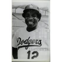 1982 Press Photo Dutsy Baker Los Angeles Dodgers Hitler - RRW74155