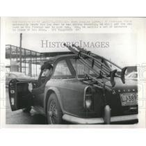 1967 Press Photo Ski Rack Now Carries Crutches - RRW54241