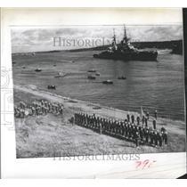1954 Press Photo Russian Heavy Admiral Usjakov Passes - RRX99261
