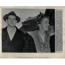 1950 Press Photo Alger Hiss Priscilla Soviet Spy - RRY51057