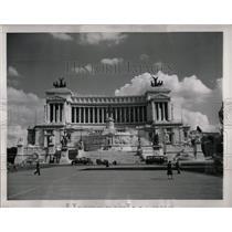 1949 Press Photo Monument of King Victor Emmanuel II - RRX78055