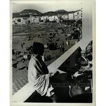 1966 Press Photo Las Palmas Spain Canary Island Beach - RRX74477