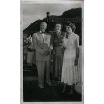 1949 Press Photo Gov Bracken Lee UtahWife Daughter Joan - RRX45059