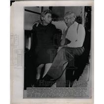 1952 Press Photo Mr. & Mrs. Francis Nixon - RRW19533