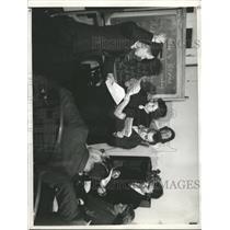 1938 Press Photo Lip Reading - RRX96123