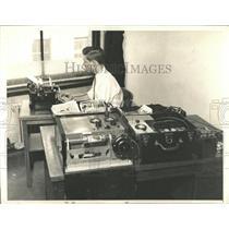 1930 Press Photo AP Portable Wire Photo Transmitter - RRX75325