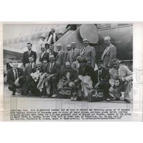 1958 Press Photo Group of Farmers in Front of Plane - RRY21021
